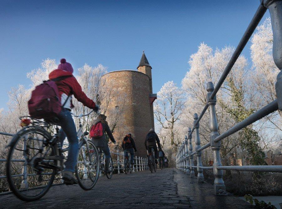 brujas-molinos-puertas-medievales-tour-local-f